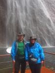 vor dem mächtigen Wasserfall der Kantju Gorge